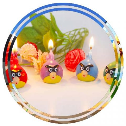 ANGRY BIRDS THEME CANDLE